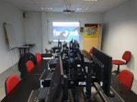 Formation Facebook sur Rennes, Fougères, Saint Malo et Vitré par Virginie Strauss de l'agence Oulaoups