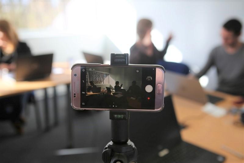 oulaoups formation aux réseaux sociaux et community management à Rennes